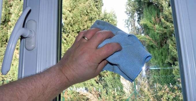 Laver ses vitres excellent vitres bue comment nettoyer for Nettoyer ses vitres sans traces