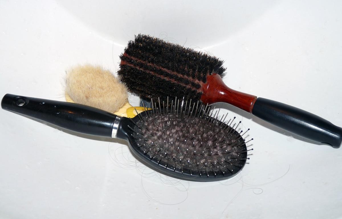 Nettoyer ses brosses à cheveux