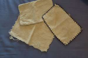 lingettes découpées dans une serviette de bain
