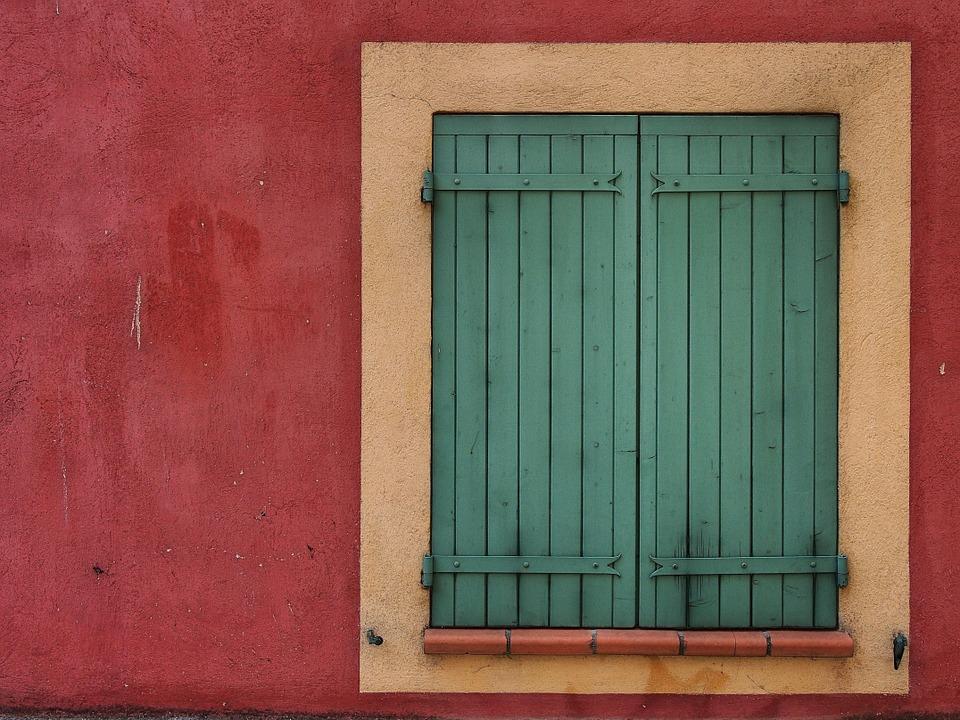 Rafraîchir sa maison naturellement : climatisation naturelle