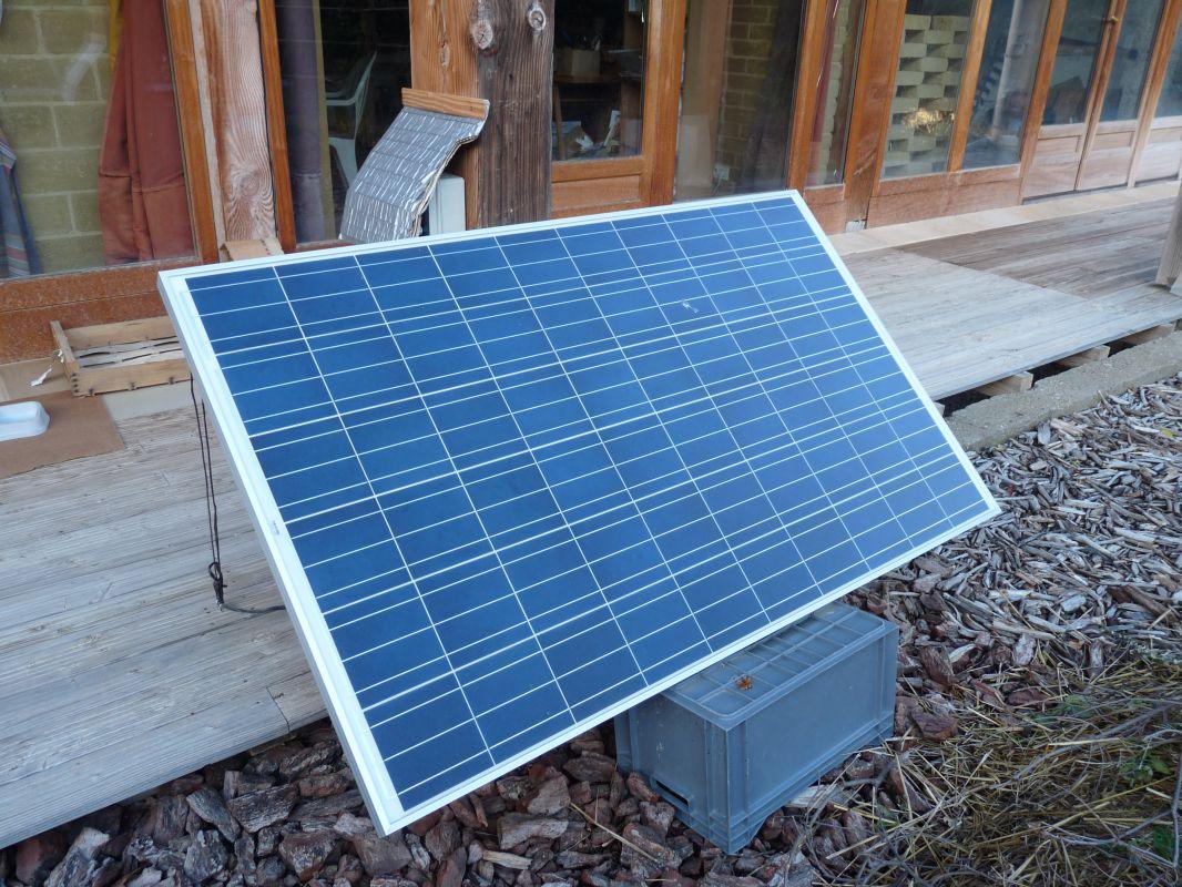 combien de panneau solaire pour une maison les panneaux. Black Bedroom Furniture Sets. Home Design Ideas