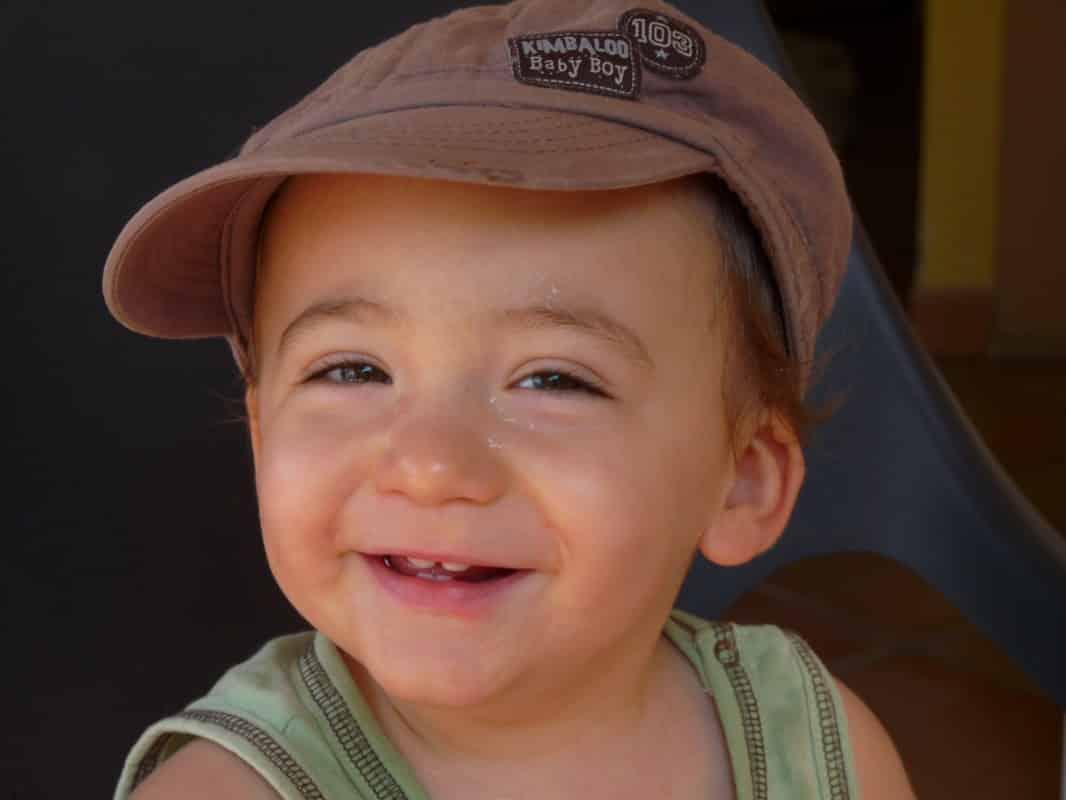 Casquettes, chapeaux… se protéger du soleil en beauté