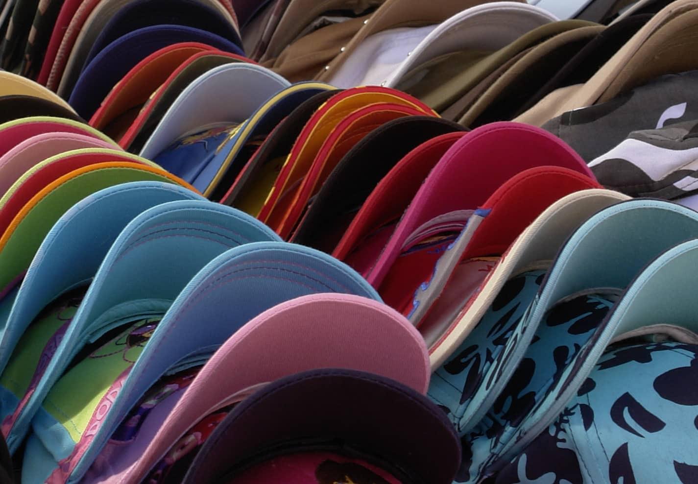 casquettes chapeaux se prot ger du soleil en beaut. Black Bedroom Furniture Sets. Home Design Ideas