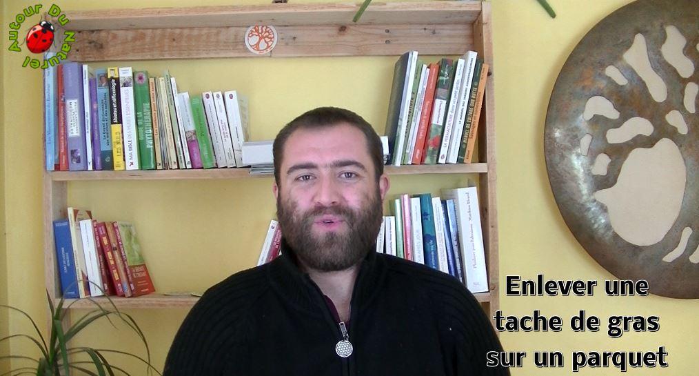 Défi 100 vidéos – Jour 30 – Enlever une tache de gras sur un parquet