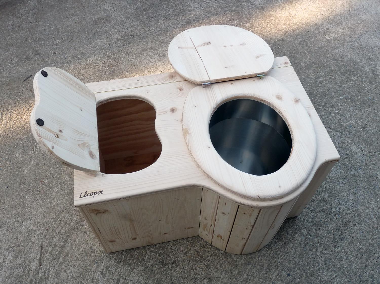 Toilettes sèches : Et si vous amélioriez le compostage ?